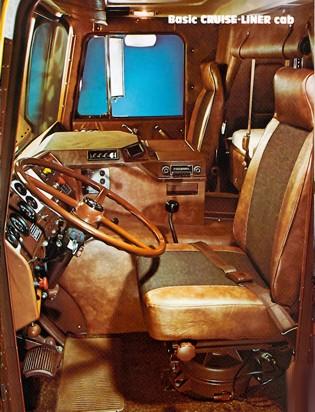 Mack Cruiseliner Schaper Modelbouw
